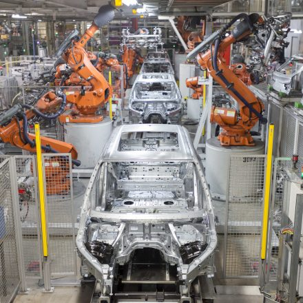 The X5 in body and paint on March 6, 2015.  File: 030515GR34