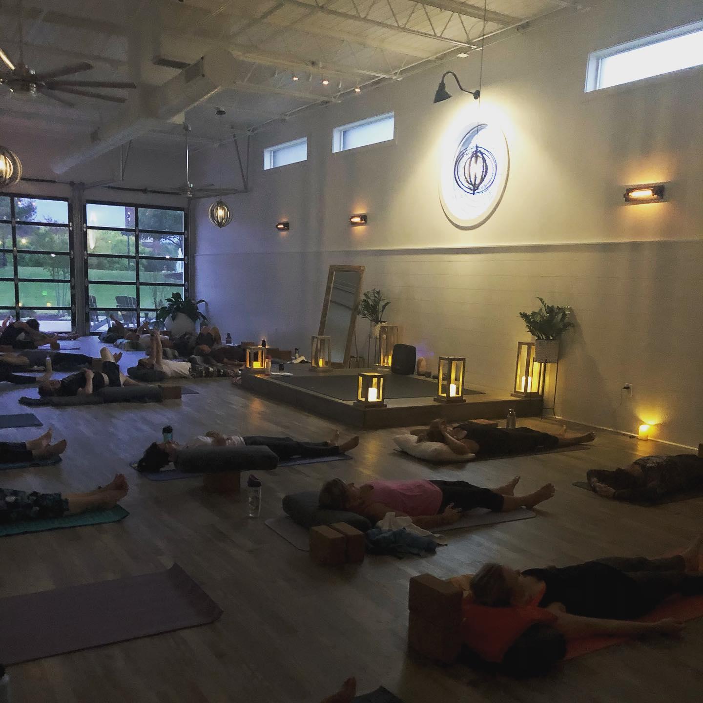 Candlelight yog